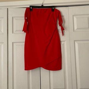 Gianni bini red ruched mini dress